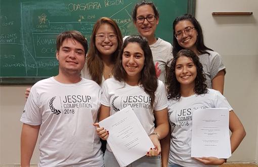 imagem-https://toledoprudente.edu.br/novosite/Noticias/6331-alunos-participarao-de-competicao-internacional-no-sul-do-pais