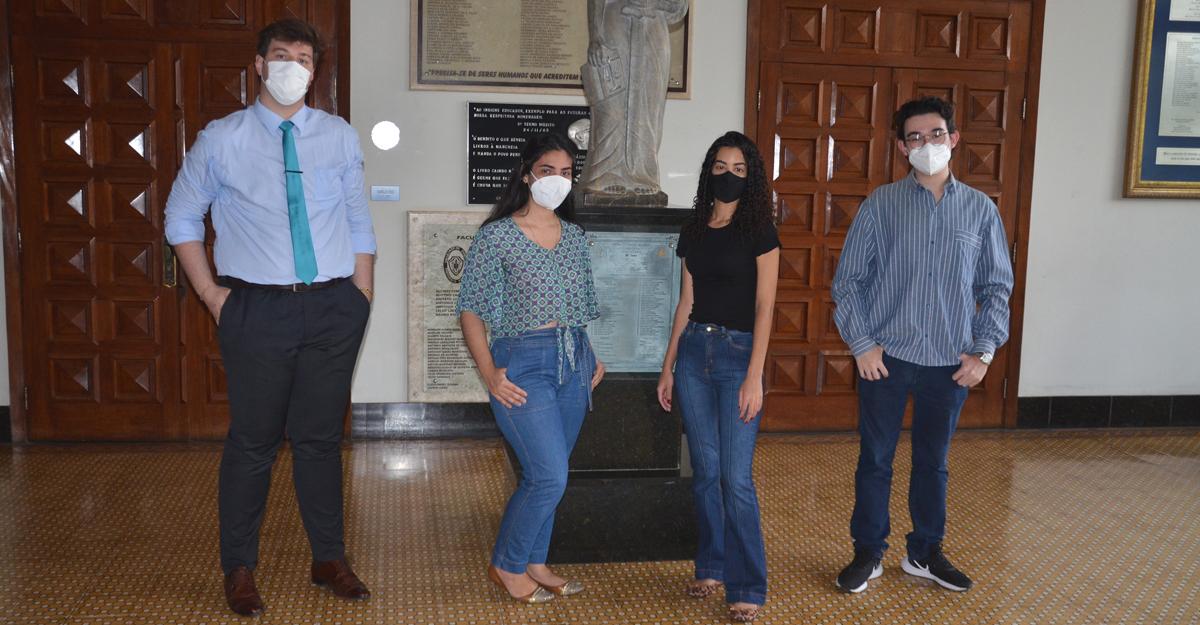 imagem-https://noticias.toledoprudente.edu.br/noticia/2021/8/direito-da-toledo-prudente-aprova-novo-parecer-na-corte-interamericana-de-direitos-humanos-