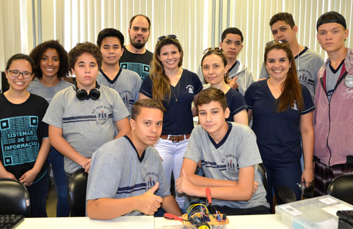 imagem-https://toledoprudente.edu.br/Noticias/6999-ensino-medio-recebe-informacoes-sobre-robotica